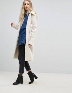 Удлиненное пальто из искусственной овчины с карманами Goldie Firey Nights - Кремовый