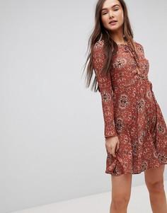 Короткое приталенное платье Glamorous - Рыжий