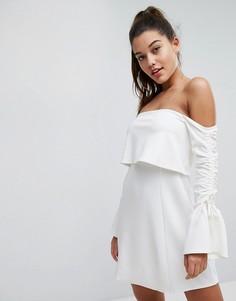 Платье мини с открытыми плечами и длинными рукавами ASOS - Белый