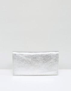 Узкий кожаный кошелек цвета металлик ASOS - Серебряный