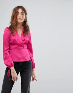Атласный топ с запахом и завязками на рукавах Glamorous - Розовый