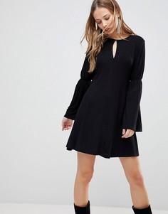 Платье с рукавами клеш The Fifth Countdown - Черный