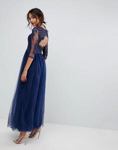 Платье макси с кружевом на спине Chi Chi London - Темно-синий