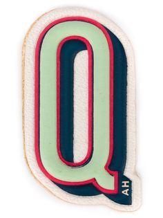 наклейка Q Anya Hindmarch