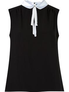 sleeveless blouse Martha Medeiros