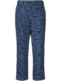 укороченные брюки с цветочным узором Julien David