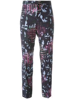 брюки с абстрактным узором Versace