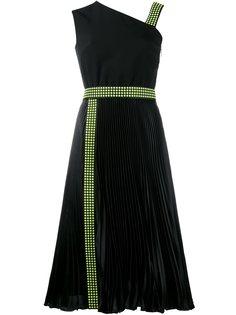 платье на одно плечо с отделкой заклепками Christopher Kane
