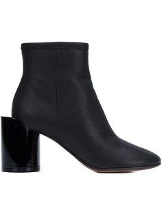 ботинки на асимметричном каблуке  Maison Margiela