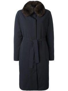 пальто с отделкой из меха белки Liska