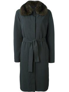 пальто с воротником из меха соболя Liska