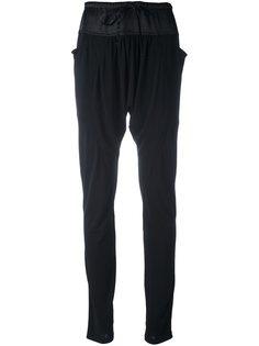 узкие брюки с заниженным шаговым швом Tsumori Chisato