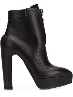 сапоги на высоких каблуках Vera Wang