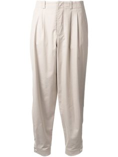 плиссированные брюки  Nehera