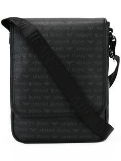 сумка-почтальонка с узором в логотипы Armani Jeans