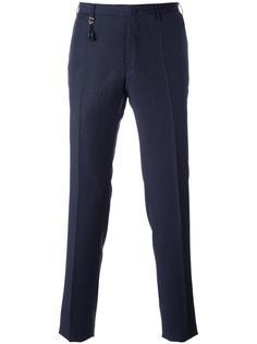 брюки кроя слим с мелким узором Incotex