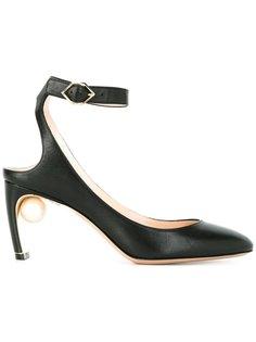 туфли Maeva с жемчужинами Nicholas Kirkwood