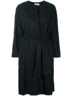 пальто без воротника с поясом Erika Cavallini