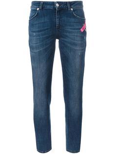 узкие джинсы Versus