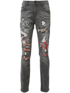 джинсы кроя слим с рваными деталями Haculla