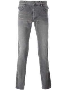 джинсы с рваными деталями   Balmain