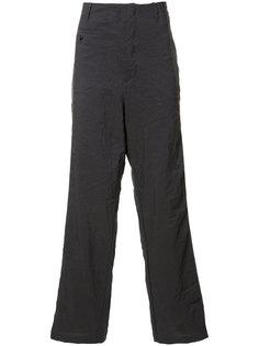 брюки с заниженным шаговым швом Uma Wang
