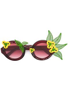круглые солнцезащитные очки с цветочной отделкой Linda Farrow