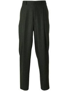 костюмные брюки со складками E. Tautz