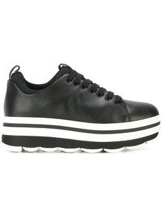 кроссовки на платформе со шнуровкой Prada