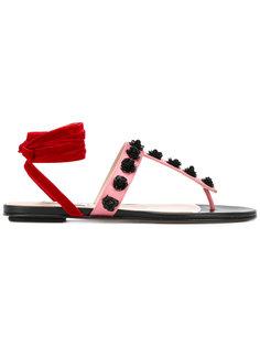 сандалии с цветочными заклепками Attico