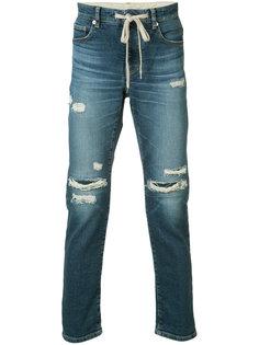джинсы кроя слим с потертой отделкой Attachment