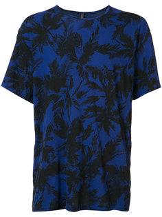 футболка с пальмами Attachment