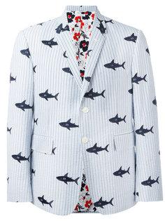 пиджак с вышитыми акулами Thom Browne