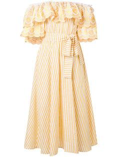платье с открытыми плечами и рюшами Gül Hürgel