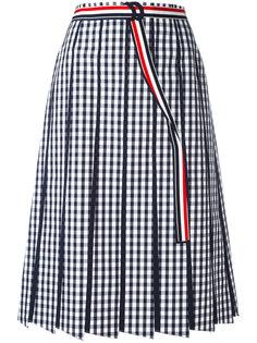 плиссированная юбка в клетку гингем Thom Browne