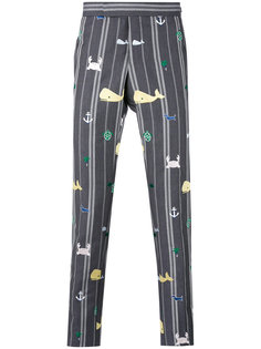 брюки с принтом Thom Browne