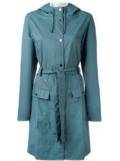 пальто с поясом Rains