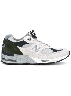 кроссовки с логотипом сбоку New Balance