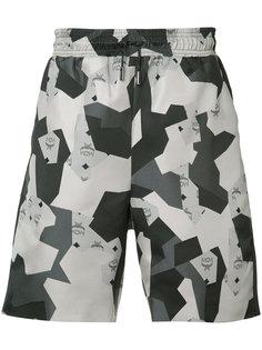 шорты с геометрическим принтом Christopher Raeburn