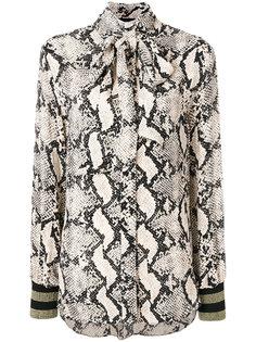 блузка со змеиным принтом и бантом  By Malene Birger