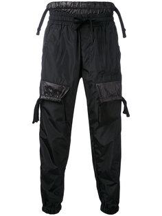 зауженные брюки с карманами  KTZ