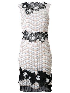 платье-шифт с цветочной вышивкой Talbot Runhof
