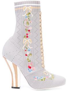 сапоги в стиле носков Fendi