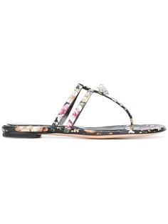 сандалии с Т-образным ремешком и черепом в короне Alexander McQueen