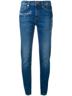 джинсы с вышивками Mira Mikati