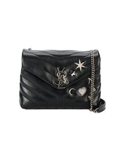 маленькая сумка через плечо, декорированная металлическим логотипом  Saint Laurent