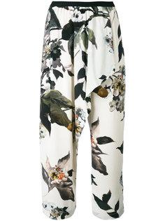 брюки с цветочным принтом Antonio Marras