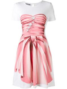 платье с принтом-обманкой Moschino