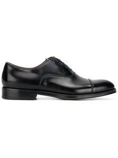 туфли со шнуровкой Doucals