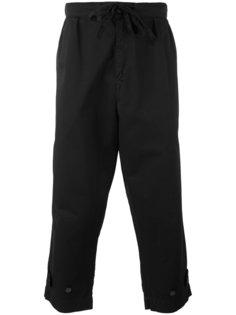 укороченные брюки с заниженным шаговым швом Paura